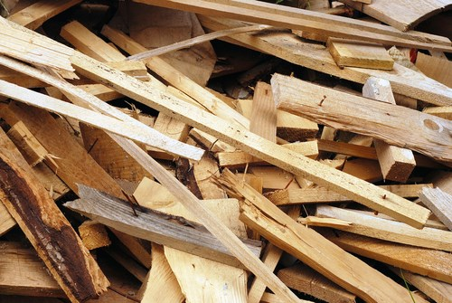 Recycling construction materials - wood